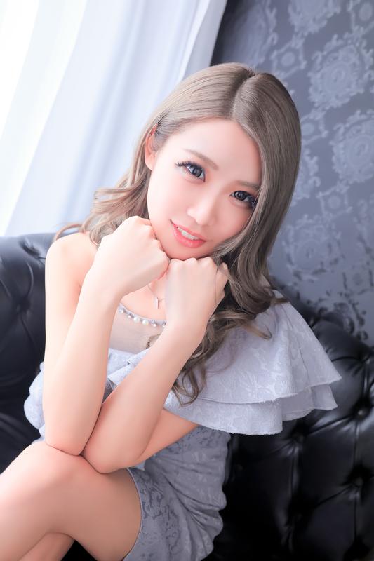 千葉・市川高級キャバクラ DIAMOND PRINCESS(ダイアモンド プリンセス)【なな】の写真